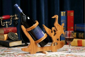 Double Bird Design Bamboo Bottle Holder